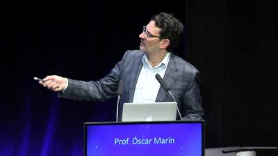 Conferencia Plenaria del Prof. Óscar Marín